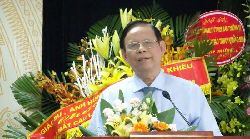 Chúc mừng nhà báo Nguyễn Hồng Vinh