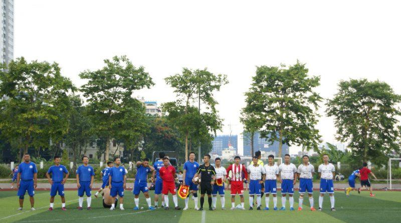 Trận giao hữu bóng đá thắm tình đoàn kết hội khóa 96-99 THPT Xuân Trường B
