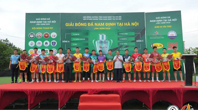 Chuẩn bị cho trận chung kết và Lễ bế mạc Giai bóng đá Nam Định tại Hà Nội lần thứ nhất